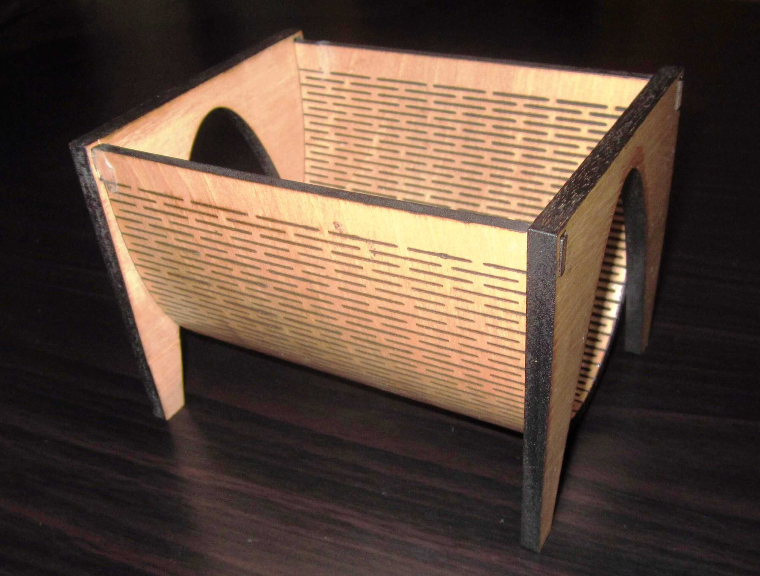 Living Hinge Curved Business Card Holders