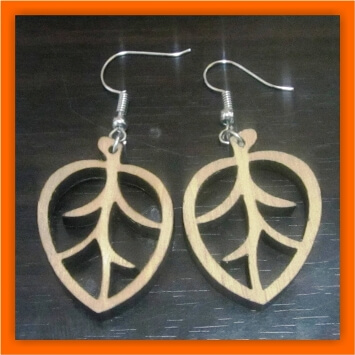 Laser-cut Wood Earrings: Discover Wood Jewelry Makers in Uganda!